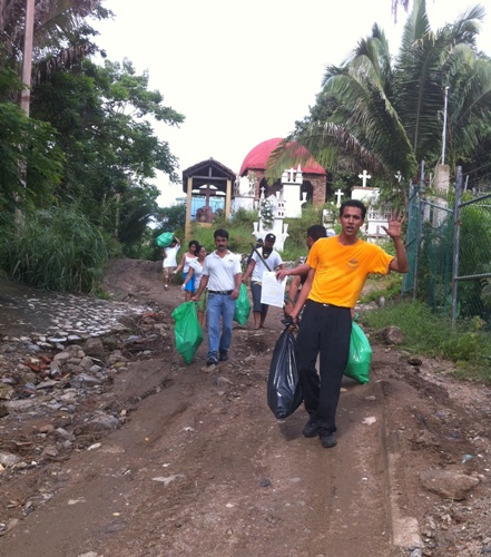 Sayulita Beach Clean Up! 007